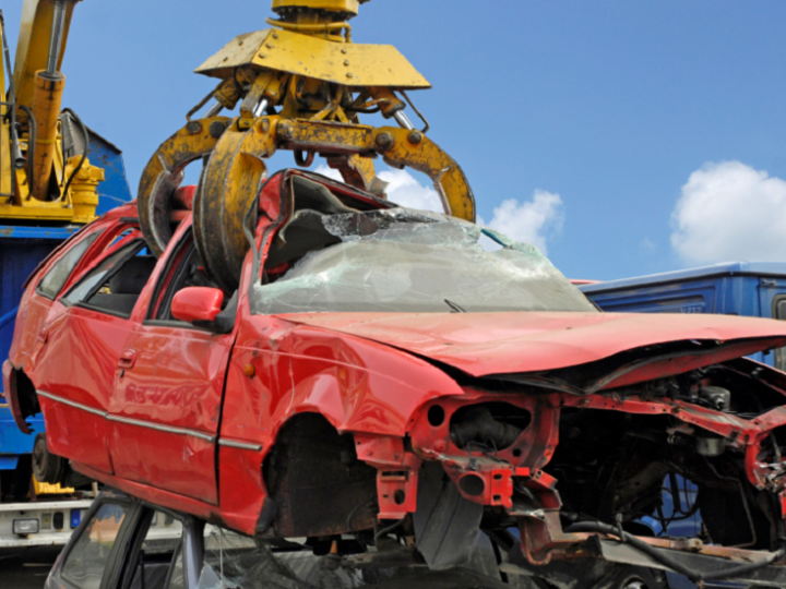 Recycling of vehicles: how is the process that begins in the scrapping?